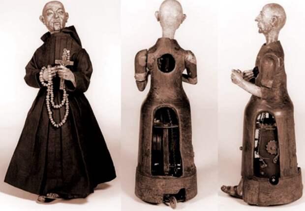 Так выглядят внутренние механизмы испанского робота-монаха. /Фото: historytime.ru