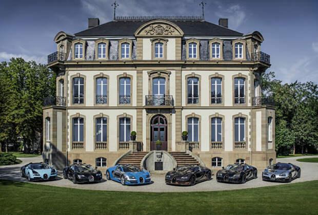 Все шесть Легенд Bugatti Veyron Legends вместе в Монтерее