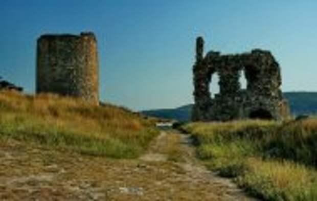 История и археология: Загадочная крымская Каламита: чем притягивает и какие тайны хранит древняя крепость