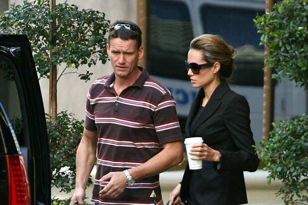 Бывший телохранитель Анджелины Джоли и Брэда Питта рассказал о самом большом страхе актёров