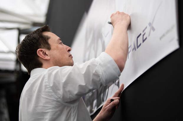 Илон Маск рассказал о сроках беспилотного полёта на Марс
