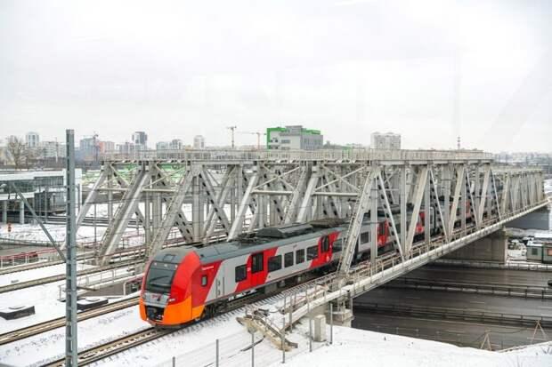 Новый ТПУ «Лихоборы» ежедневно посещают двадцать тысяч пассажиров