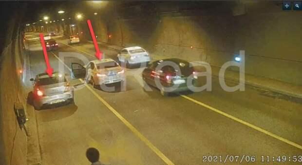 Два автомобиля не смогли разъехаться в Лефортовском тоннеле