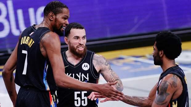 Экс-игрок ЦСКА Майк Джеймс поучаствовал в моменте дня НБА