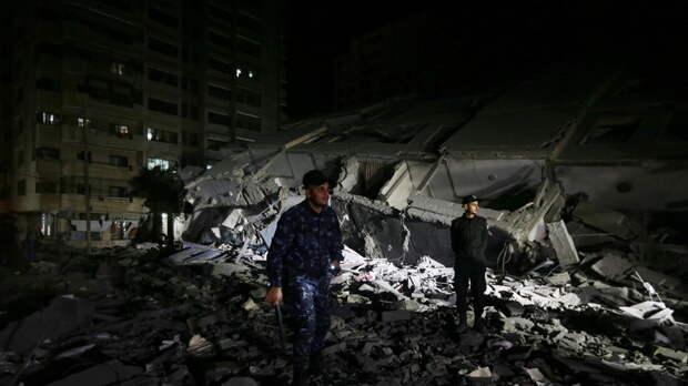 The Times of Israel: в секторе Газа в результате обстрелов рухнуло жилое здание
