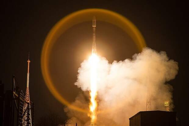 Пуск корабля «Союз 2.1б» с 33 спутниками OneWeb на борту 21 марта 2020 года. Фото: GLOBAL LOOK PRESS