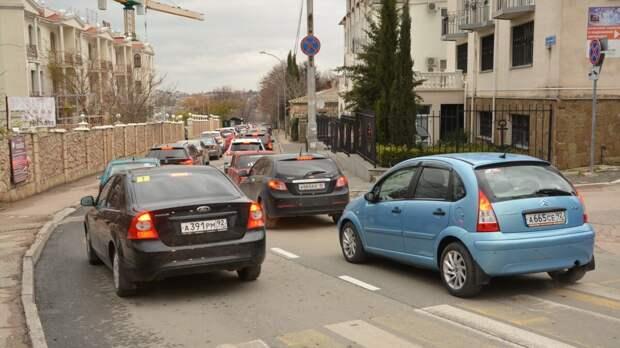 В Севастополе могут ограничить передвижение по городу на личном транспорте