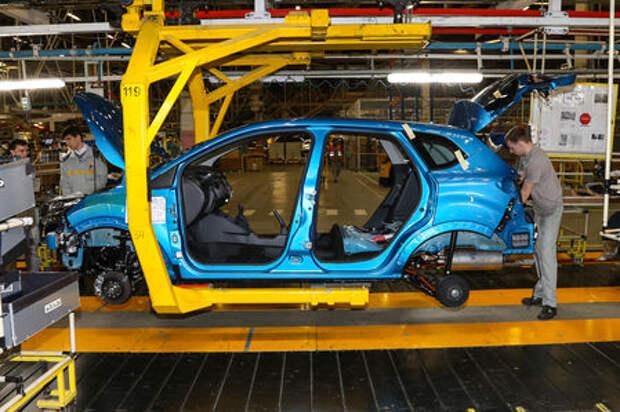 Renault приостановила производство ходовых версий Duster и Kaptur