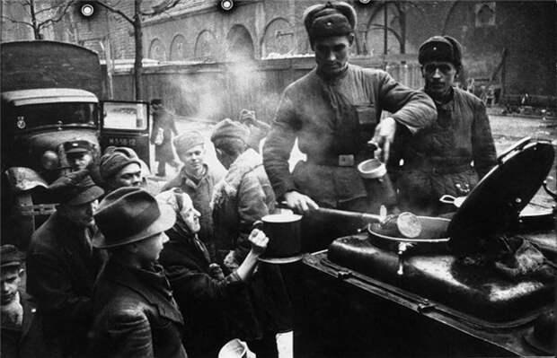Последний рубеж генерала Берзарина: за что немцы благодарны первому коменданту Берлина