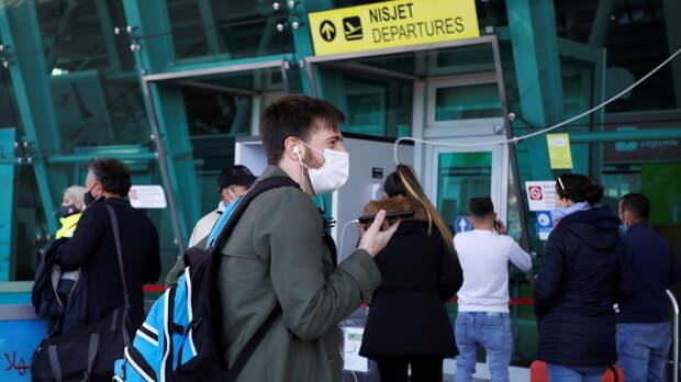 Госдеп США порекомендовал гражданам отказаться от путешествий из-за угрозы COVID-19